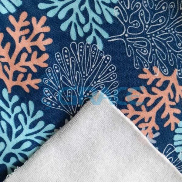 Ткань махра - натуральная хлопковая трикотажная петельчатая, в синем цвете с принтом кораллы