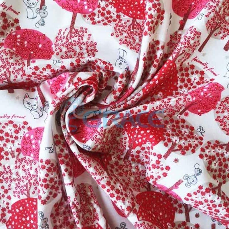 Кулирка джерси - ткань хлопковая трикотажная, красная с лесным орнаментом