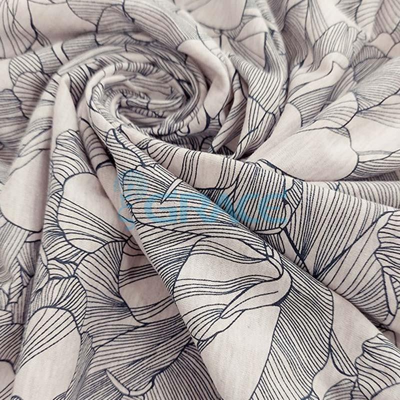 Кулирка - ткань хлопковая трикотажная, бежевая с узором цветы, лепестки
