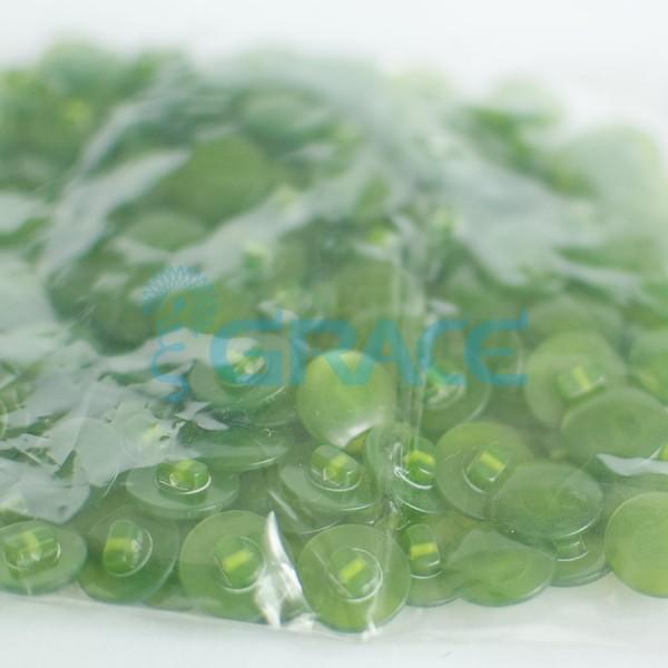 Пуговицы средние на ножке перламутровые Guz A kar 24 (зеленые)
